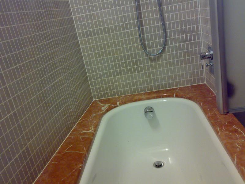 Baldazzie pasco bagno in marmo e pietra - Iva ristrutturazione bagno ...