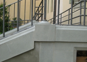 scala-pietra-serena-Bladazzi-particolare